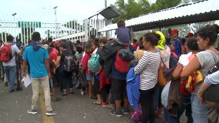 S2 migrant caravan41