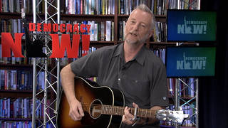 Billybragg singing 2