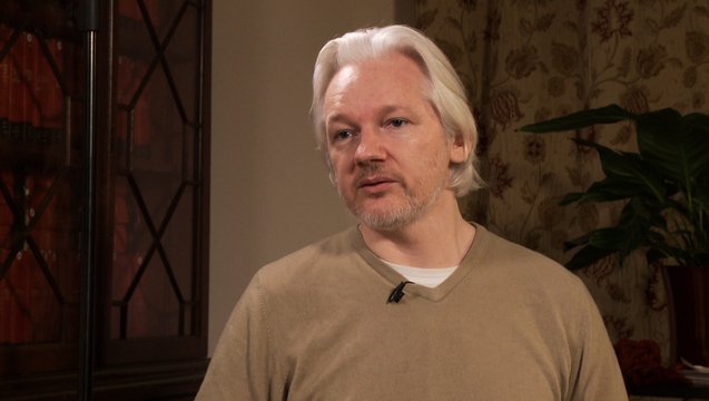 Assange 04