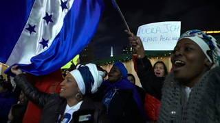 Wx2017 1206 protest honduras nyc es 480p imagen 3