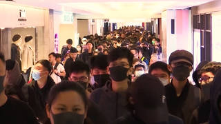 H10 hong kong protesters occupy shopping malls christmas pro democracy