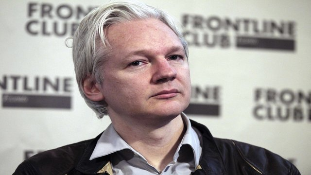 Assange6