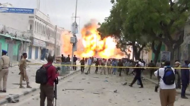 H10 somalia bomb