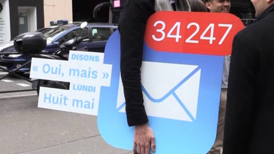 H11 france macron sign
