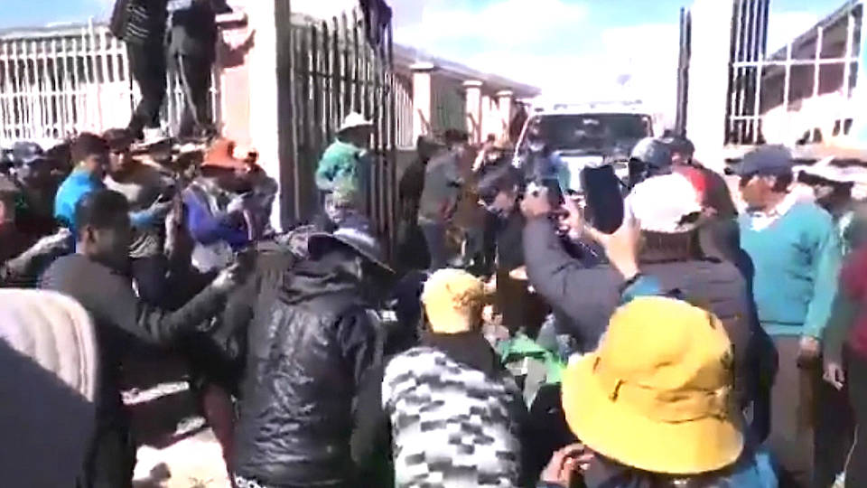 H3 bolivia military second massacre morales supporters el alto