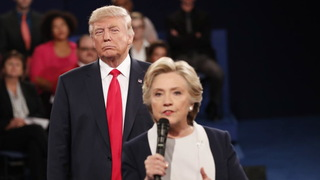 H04 debate trump glares at clinton