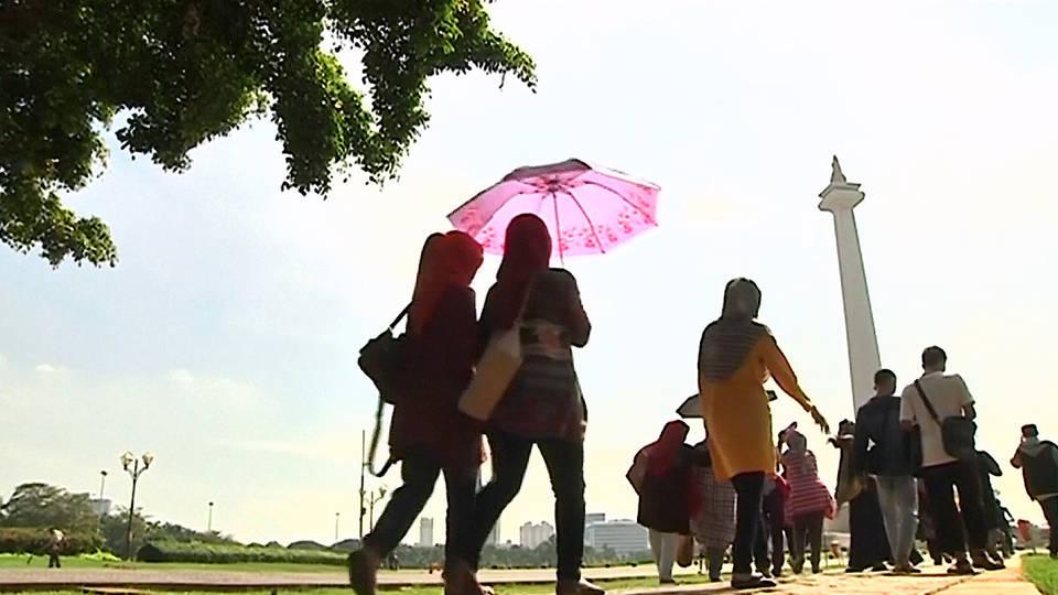 H15 indonesia capital borneo jakarta sinking java sea sea level rise climate climate change