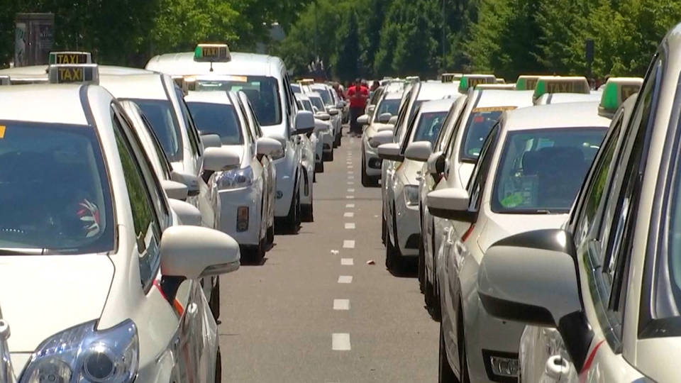 H9 spain taxis strike against uber