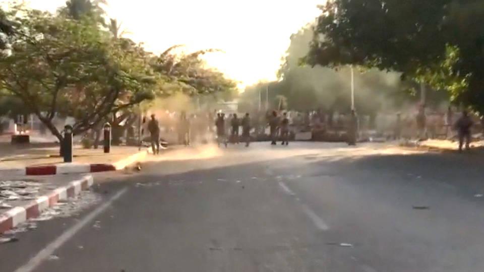 H9 sudan troops khartoum violence protesters