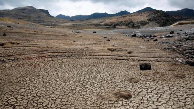 H10 bolivia desert