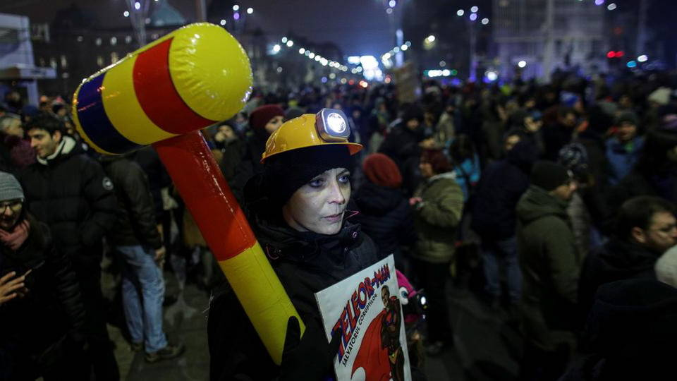 H10 romania protests