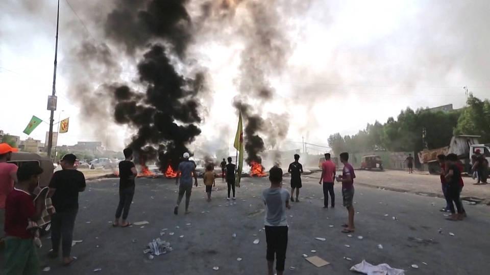 H4 iraq anti government protests tahrir square nasiriyah deaths