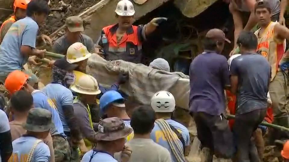 H4 mangkhut deaths