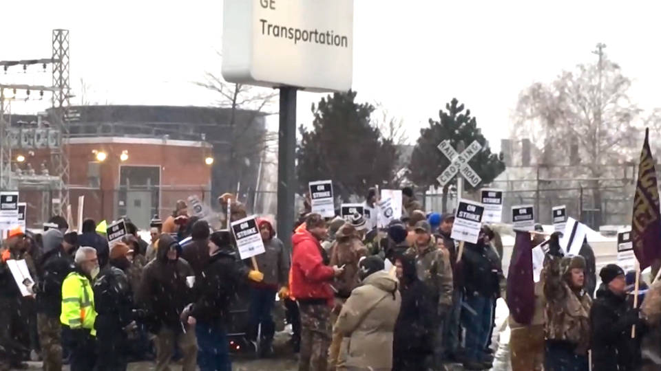 H13 locomotive workers strike