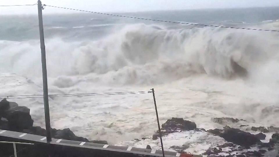 H7 hurricane lorenzo azores storm impact winds damage