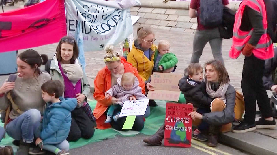H16 extinction rebellion protest climate change london uk nonviolent action sally davies mothers babies