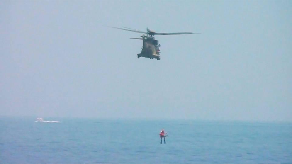 H8 migrant boat capsizes