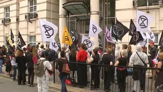H18 london climate activists protest oil companies extinction rebellion end drilling climate action week