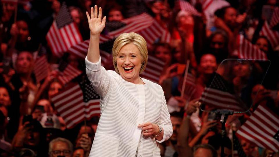 Hillary nom2