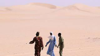 H4 algeria expels refugees in desert
