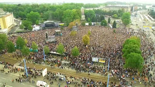 H7 germany 50000 attend anti racist concert