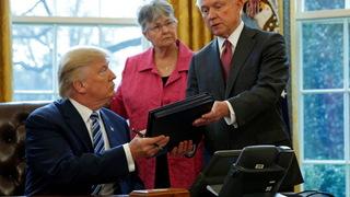 H04 trump signs orders