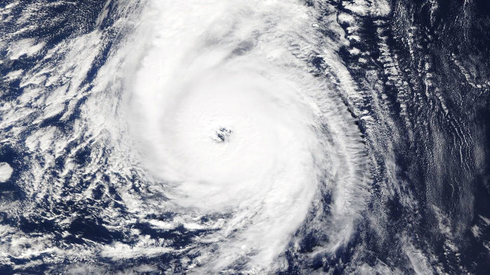 h05 hurricane ophelia