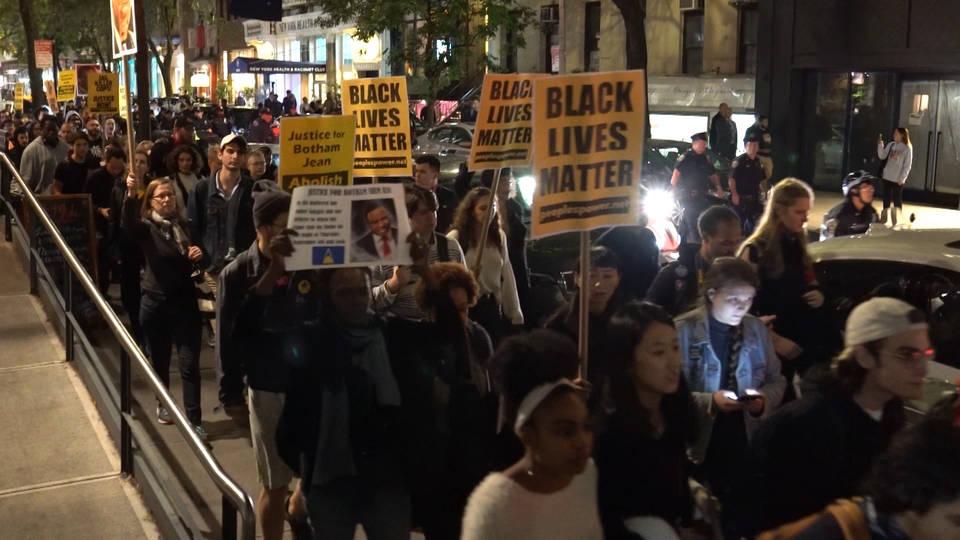 H18 botham protest