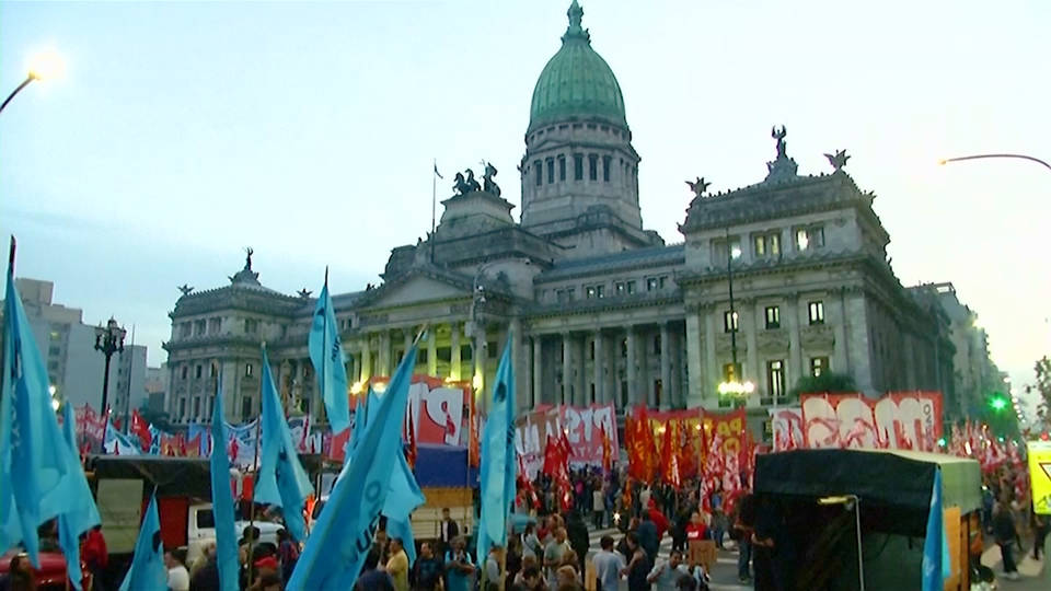 H9 argentina imf loan protests