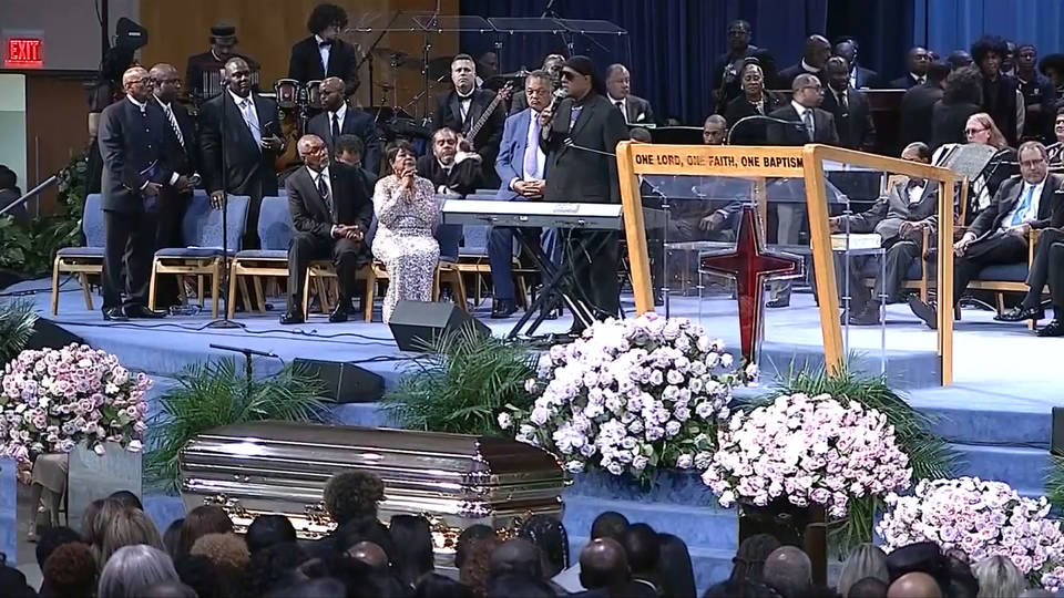 H16 aretha franklin funeral held0
