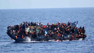 H06 refugees off libya coast