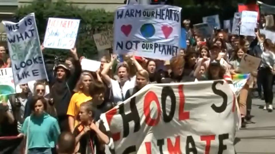 H17 austalia climate student walkout