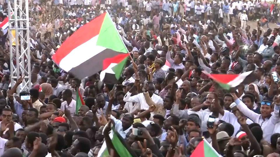 Sudan protesters halt talks with military