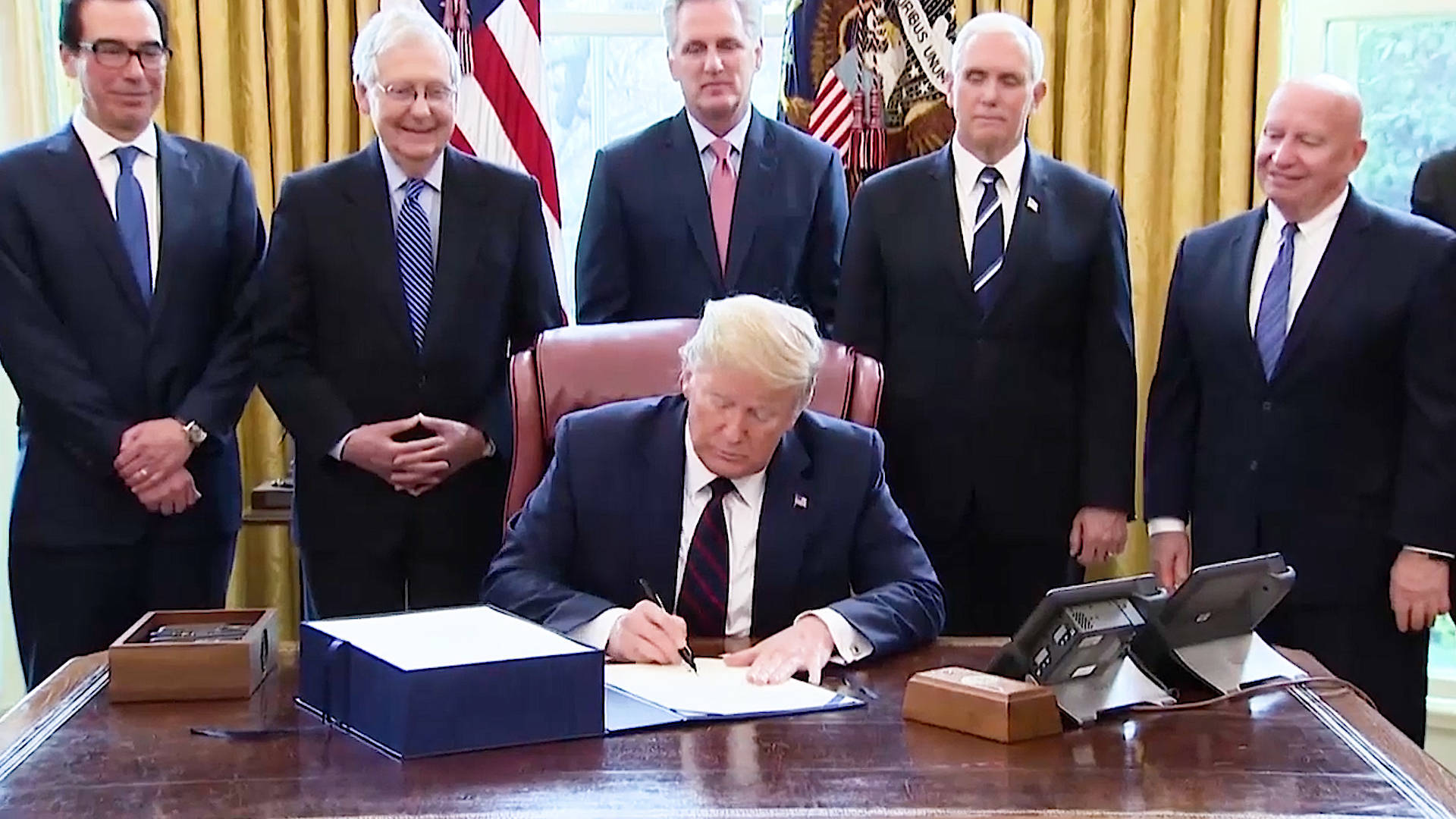 President Trump Signs $2 Trillion Coronavirus Stimulus Package ...