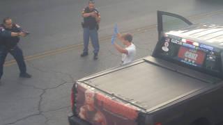 H6 el paso trump supporter arrested immigration center knife loaded gun thomas bartram