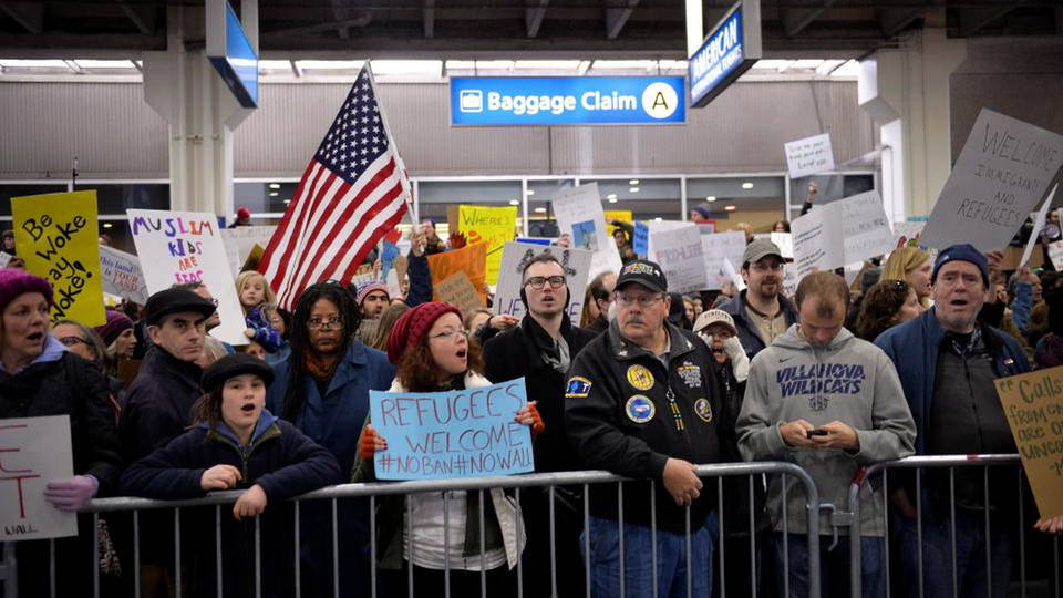 H02 airport protests