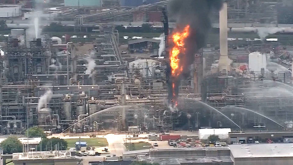 66 Seek Medical Care After Explosion at Texas ExxonMobil Refinery