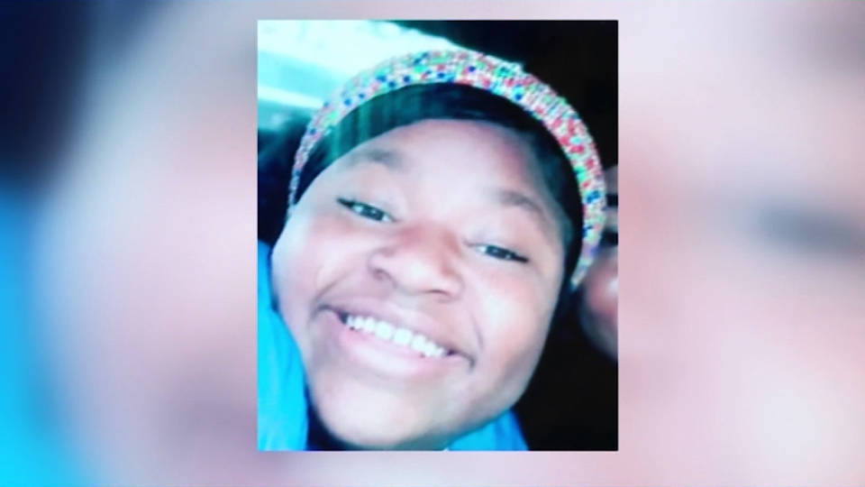 Columbus police shoot, kill teen girl, reports say