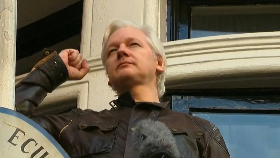 H1 assange swedish arrest warrant