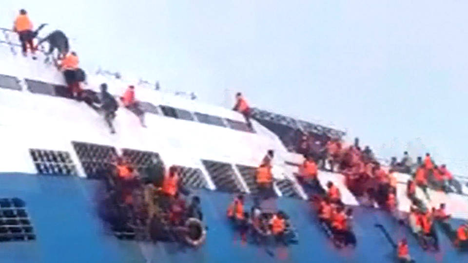 H13 indonesia ferry sinks