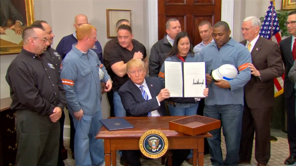 H4 trump signs steel tariffs