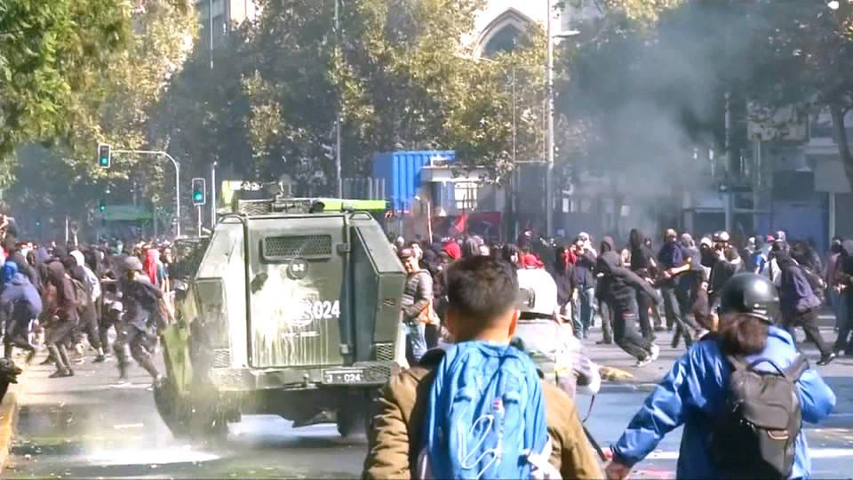 H10 chile massive student protest privatization