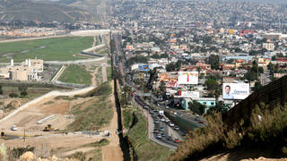H6 pentagon border wall
