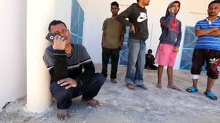 H10 65 migrants drown in mediterranean