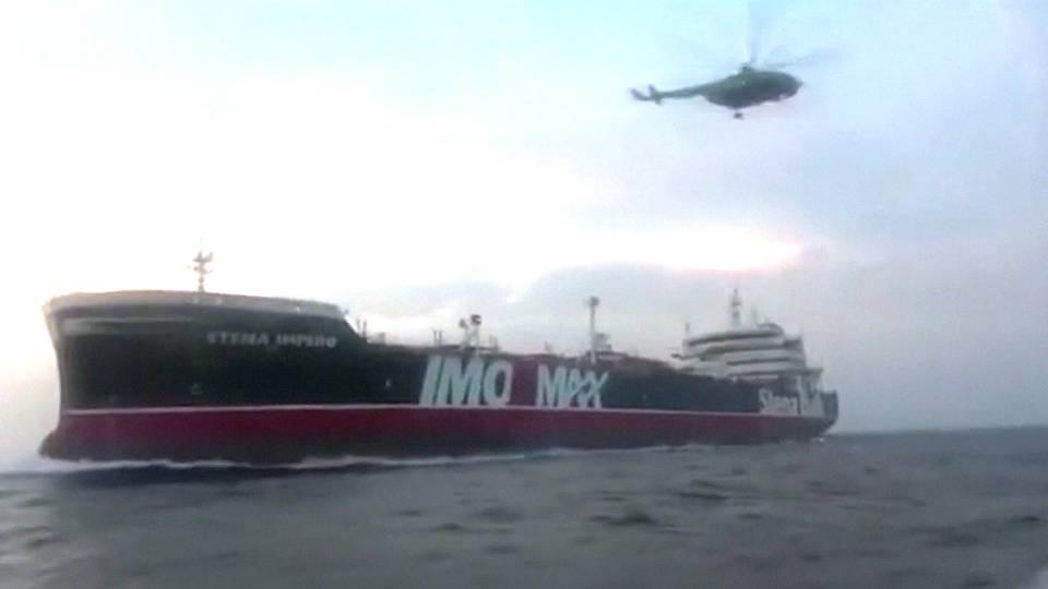 H1 iran captures british oil tanker kills us spies cia bibraltar hormuz strait
