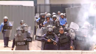 H11 honduras hernandez military forces protests