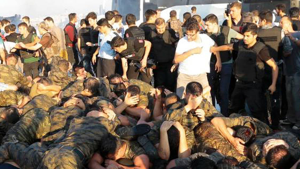 Turkey coup arrests torture 1