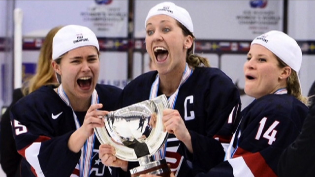 H10 womens hockey team