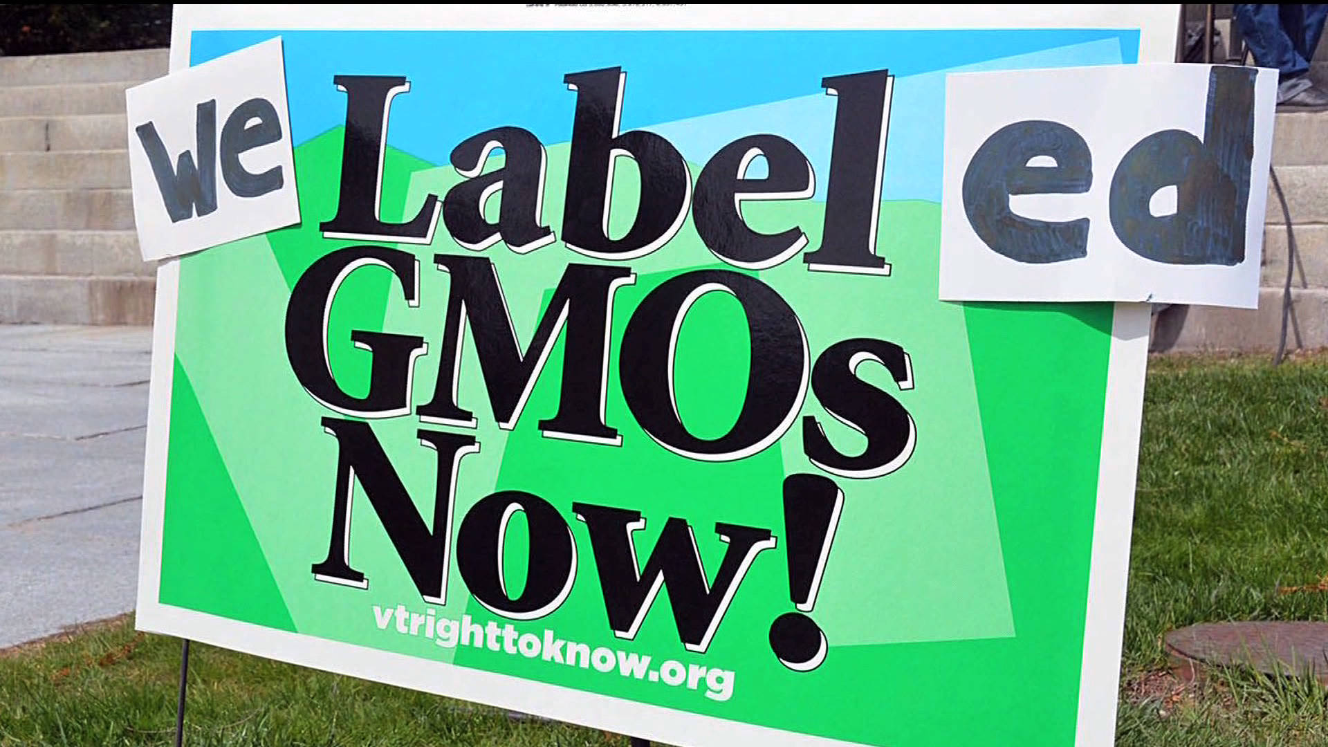 Vermont: Nation's First GMO Labeling Law Goes into Effect   Democracy Now!