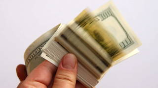 h05 money